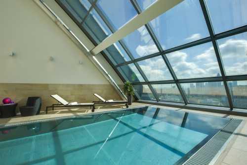 Radisson Blu Frankfurt Schwimmbad